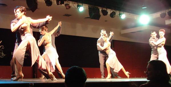 Catulo Tango show de Tango cuerpo de baile